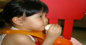 فوائد البيض و تأثيره على صحة الطفل