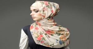 نصائح تساعد ذوات البشرة السمراء فى اختيار الحجاب المناسب
