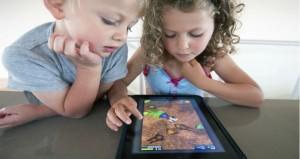 كيف تعلمين طفلك استخدام الوسائل التكنولوجية؟