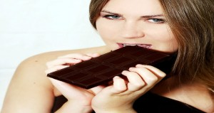 woman-eating-chocolate