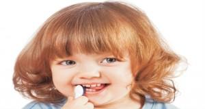 كيف تقوى أسنان طفلك؟